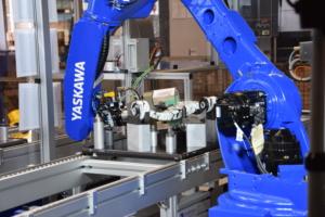 Robotik YASKAWA GP25 Bauteilhandling
